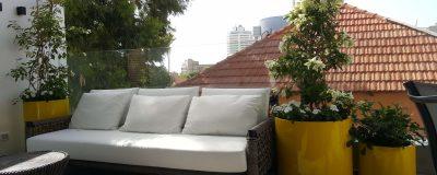 פינת ישיבה בגינת מרפסת