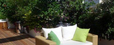 מערכת ישיבה בגינת גג בתל אביב