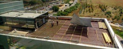 חיפוי גג בדק עץ